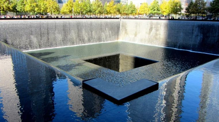 world-trade-center-memorial-271356_960_720-min