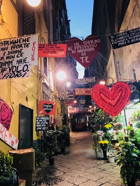 Centro storico di Napoli, quartieri spagnoli