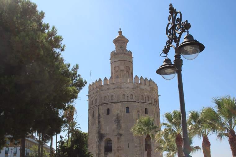 Torre del Oro-min