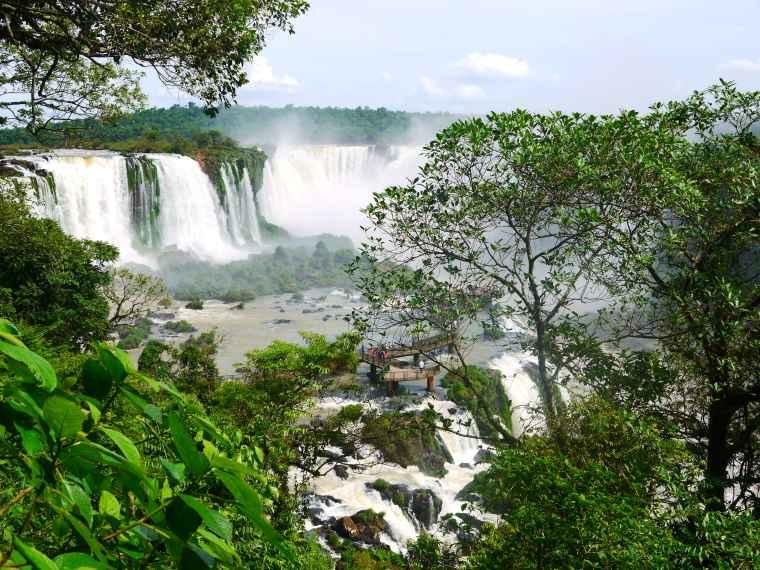 foto cascate Iguazù-min