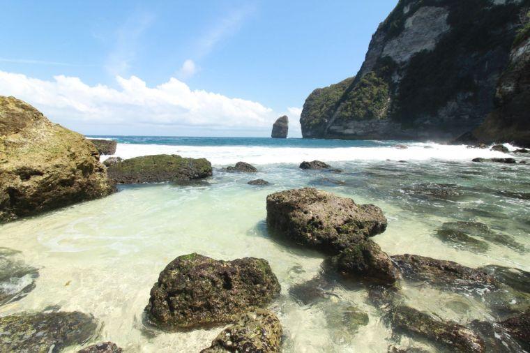 3 Tambelling Beach