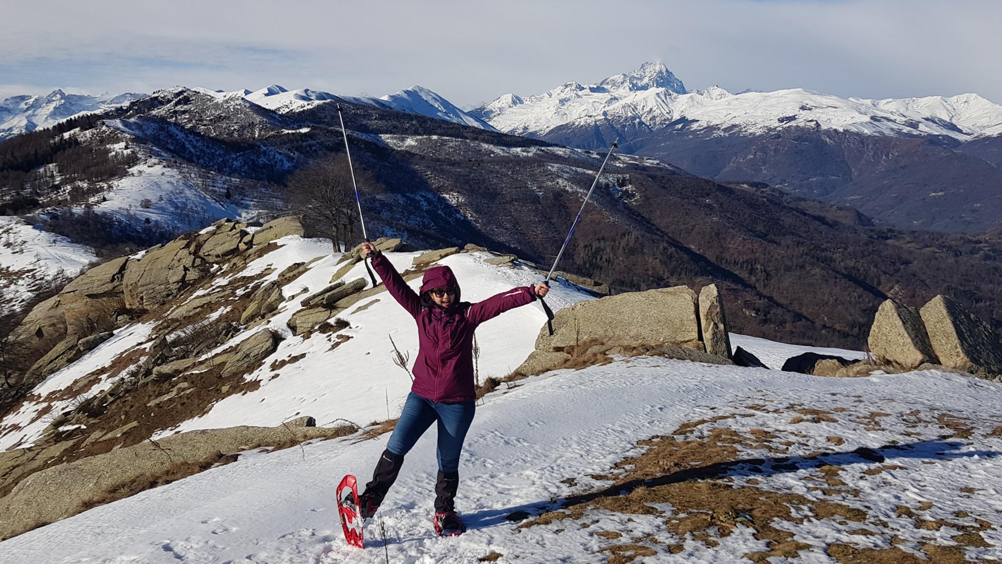Monte San Bernardo - esemplare raro di Ezia selvatica e sportiva con arnesi buffi ai piedi